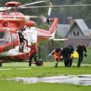 山頂十字架引來閃電......波蘭登山團遭雷擊至少5死、上百人輕重傷