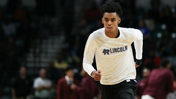 Will Emoni Bates ever play at Michigan State? | Yahoo Sports College Podcast