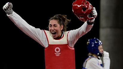 Teen's taekwondo gold is a first for U.S. women