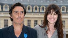 EN IMAGES - Couples mythiques: Charlotte Gainsbourg et Yvan Attal, grandir à deux