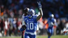 Kentucky RB A.J. Rose celebrates too early, gets caught from behind, later loses fumble