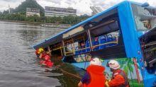 21 morts quand un bus plonge dans un lac en Chine: acte délibéré du chauffeur