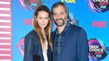 Judd Apatow's 14-Year-Old Daughter Iris Looks Just Like Her Mom Leslie Mann at Teen Choice Awards