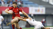 Eagles sign Canadian rugby star Adam Zaruba to play tight end