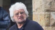 Grillo e la difesa del figlio accusato di stupro, scoppia la polemica