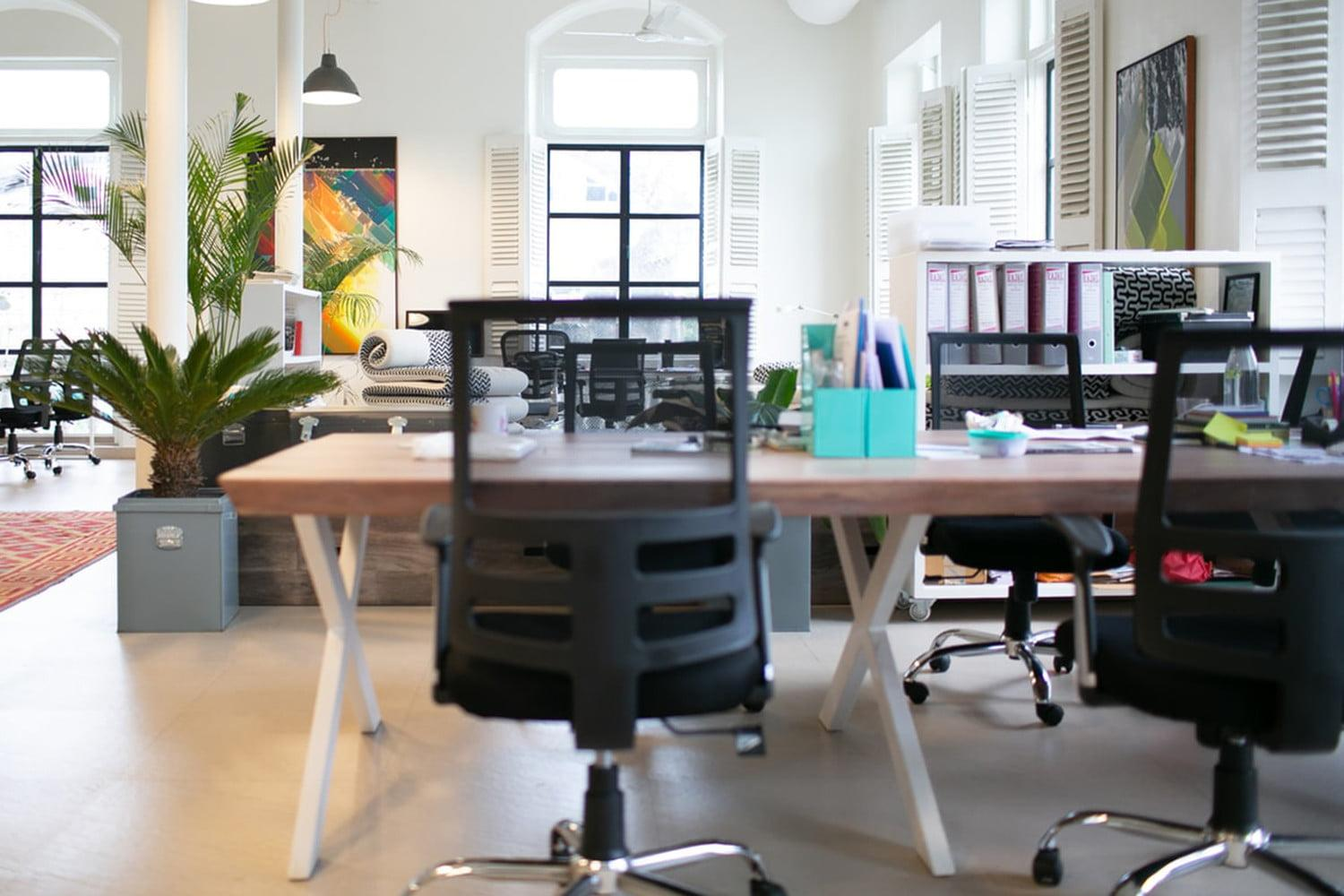 These Are The Best Cheap Office Chair Deals For October 2020