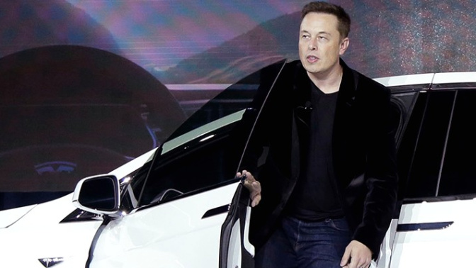 Tesla equipping cars to drive all on their own