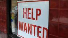 RESUMEN- Pedidos subsidios desempleo EEUU caen a mínimo de 44 años y medio