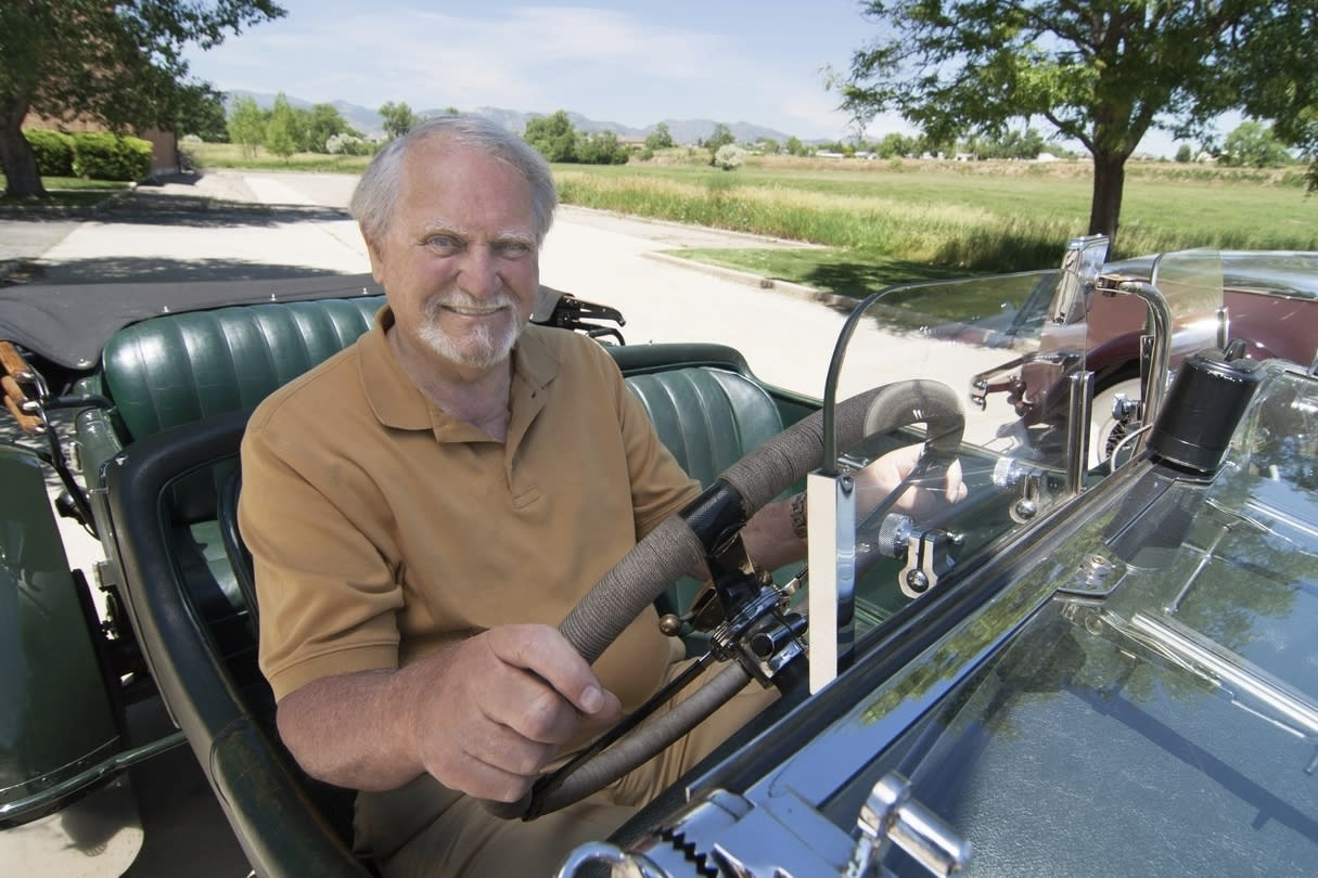 Clive Cussler, Author and Adventurer, Dead at 88