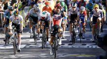 Late Ewan surge seals Tour de France stage three victory