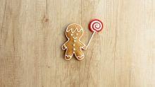 Cafe sparks debate by introducing gender-neutral gingerbread men