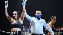 Boxe - Légers (F) - Estelle Mossely-Yoka réussit sa rentrée, en battant Aurélie Froment