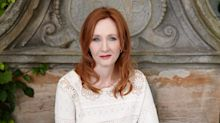 """JK Rowling, il nuovo libro """"Troubled blood"""" accusato di transfobia"""