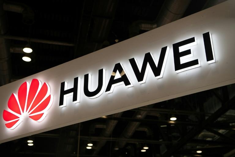 White House to delay Huawei licenses as trade war ramps back up