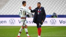 Mercato - PSG : Avenir, Real Madrid… La discussion entre Mbappé et Cristiano Ronaldo révélée !