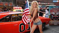 Jessica Simpson Looks Super Skinny, Flaunts Toned Legs In Daisy Dukes