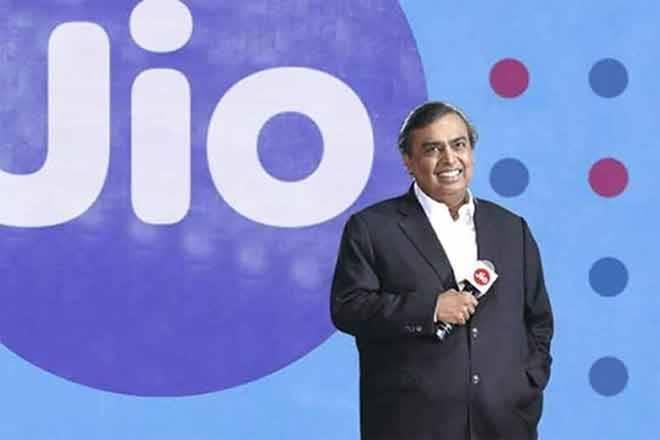 Mukesh Ambani's disruptive Jio GigaFiber launch may not hurt Bharti Airtel much