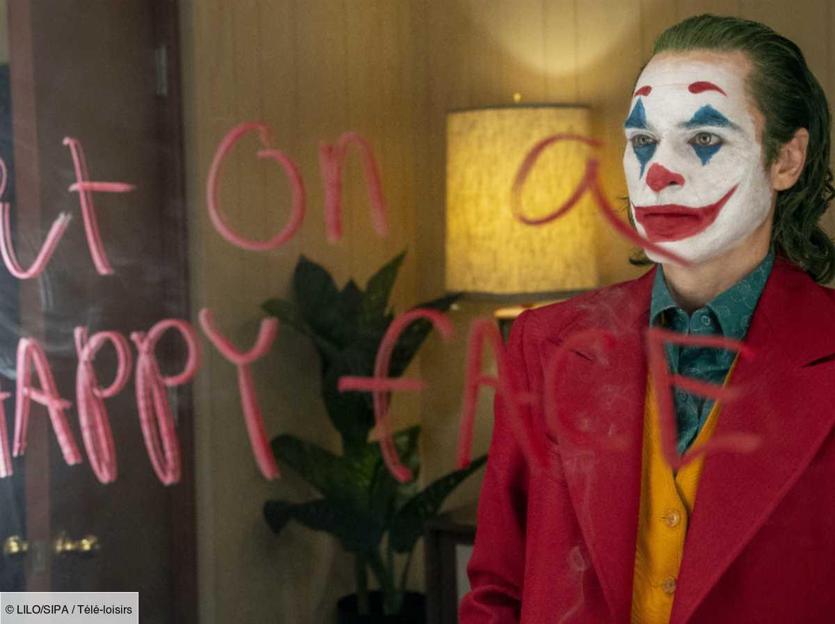 Joker Des Fans Se Rendent En Masse Sur L Escalier