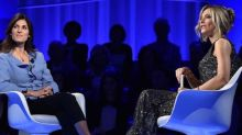 """Virginia Raggi contro Salvini: """"Dimettiti. Non hai mai lavorato"""""""