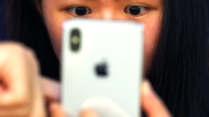 China's slowing economy could hurt Apple