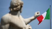 Italia aprueba presupuesto que aumenta su déficit, espera decisión de la UE