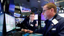 Wall Street abre en rojo y el Dow Jones se desploma casi 1.000 puntos por el coronavirus