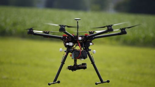 Feds turn to space experts NASA for small-drone traffic plan