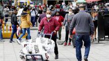Colombia registra 9.674 contagios y con 376.879 casos supera a Chile