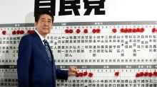 Japon: nouveau départ pour Abe, conforté par une solide majorité