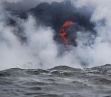 Hawaii volcano: Warning over corrosive plumes of 'laze' as toxic cloud emerges from lava flows hitting sea