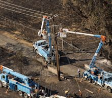 PG&E, Edison Plunge as Wall Street Weighs California Wildfire Risk