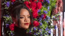 Rihanna defended by playwright pal for texting during Broadway show