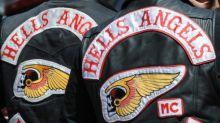 Waffen und Bargeld bei Schlag gegen kriminelle Rockerszene in NRW beschlagnahmt