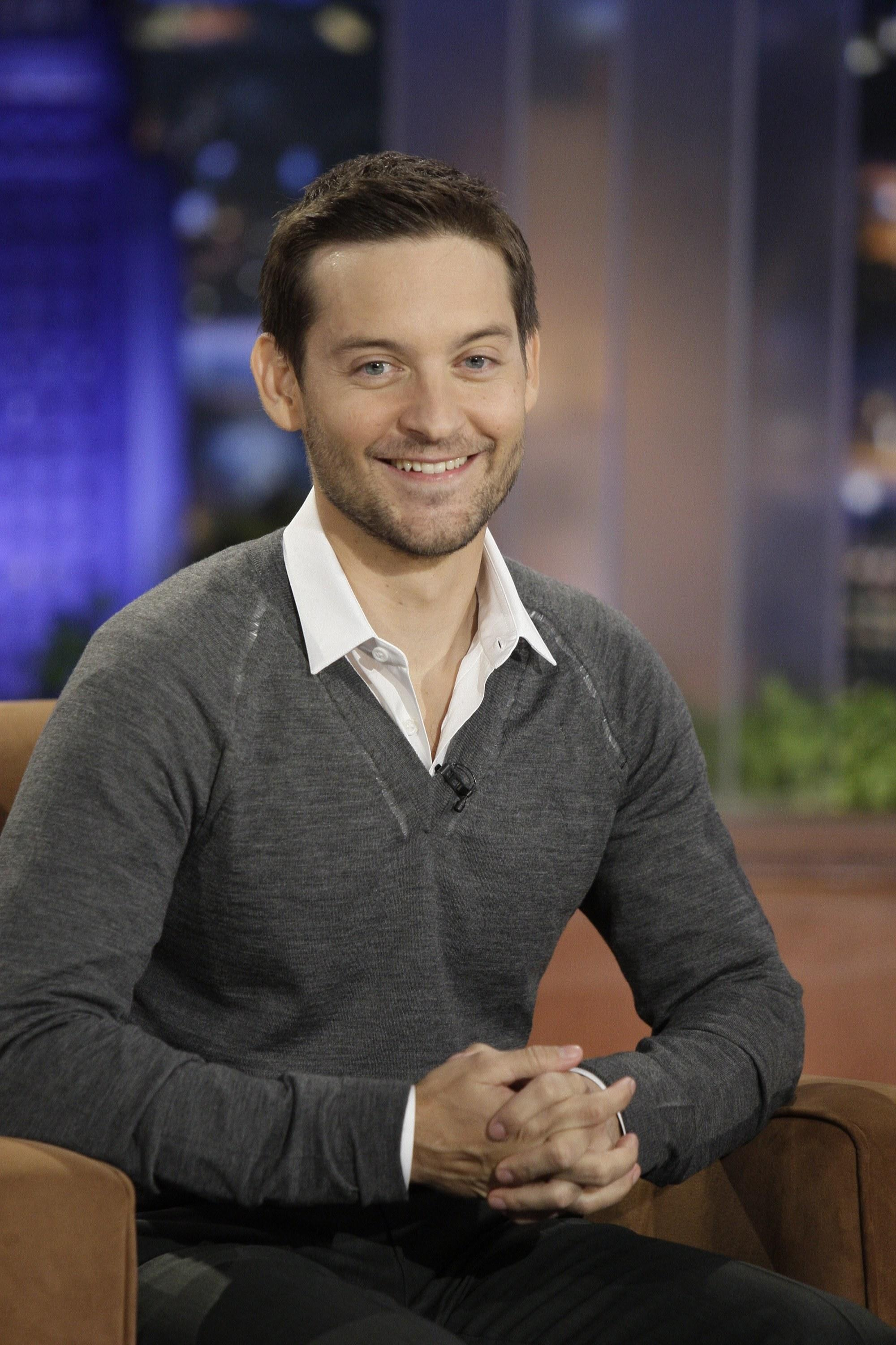 Tobey Maguire Buys $6.9 Million Midcentury Home in Brentwood