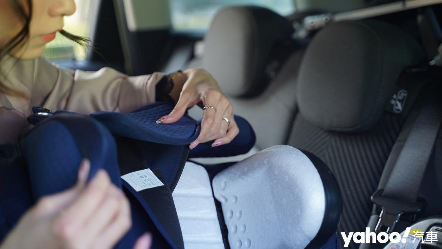 新手爸媽輕鬆上手!育嬰神器Aprica Fladea Grow ISOFIX Premium平躺型安全座椅激推開箱! - 3