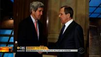 U.S. pushes Russia to remove military in Ukraine