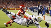 Report: Keenan Allen could miss time after leaving Chiefs game with hip pointer