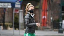 El coronavirus podría transmitirse al hablar y respirar, según teoría de científicos de EEUU