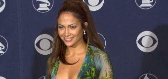 A brief history of J.Lo's 2000 Grammys look