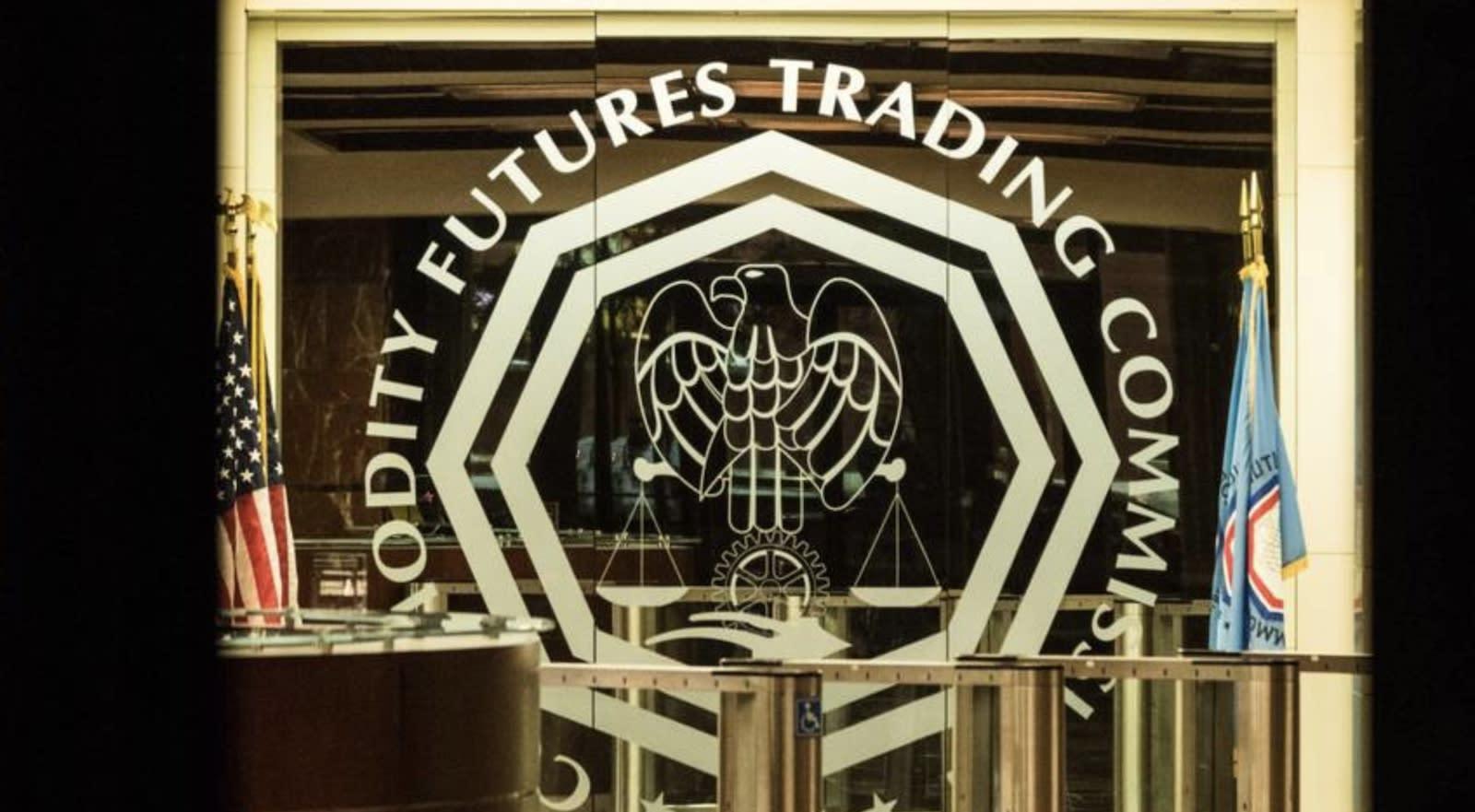 """Šéf CFTC říká, že DeFi je """"špatný nápad"""" a pravděpodobně i nelegální"""