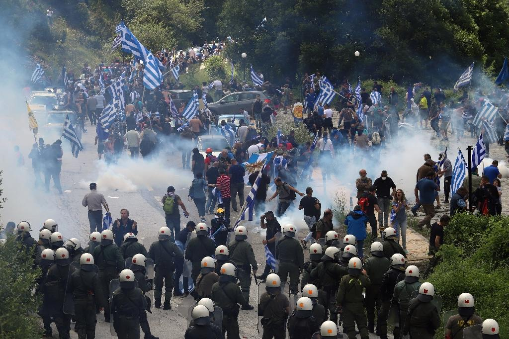 Greek protestors were surrounded by police near the small village of Pisoderi