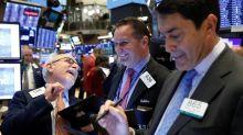 Esperanças comerciais aproximam S&P 500 de novo recorde histórico