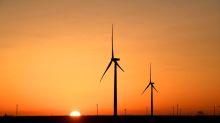 U.S. spending bill holds win for wind energy, setback for solar