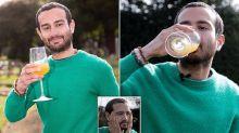 Gran Bretagna: beve un bicchiere d'urina al giorno da 4 anni