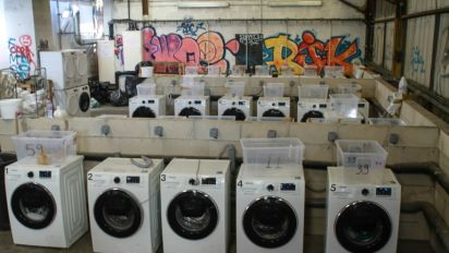Malaysian Muslim-only laundrette stirs anger