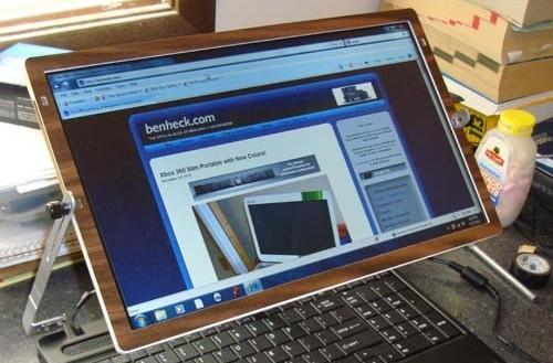 Ben Heck modifies Toshiba Satellite for cramped flights, throws TSA the peace sign (video)
