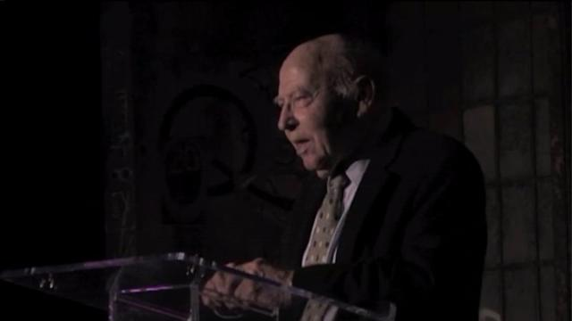 Co-founder of Second City, `Bernie` Sahlins, dies at 90