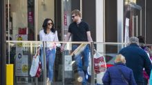 'Prince Harry and Meghan Markle' spotted Christmas shopping, confuse local residents