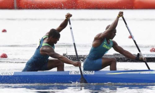 Com Isaquias Queiroz, Brasil disputa Mundial de canoagem