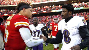 Follow live: All eyes on Mahomes, Jackson in K.C.